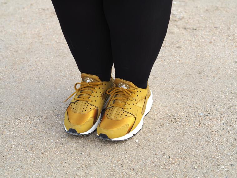 Nike Femme Jaune Moutarde